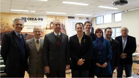 FAE Centro Universitário promove encontro com o Conselho Regional de Engenharia e Agronomia do Paraná (CREA-PR) para estreitar a parceria.
