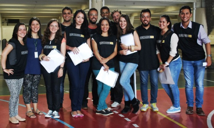 Equipe de voluntários da Pastoral Universitária da FAE.