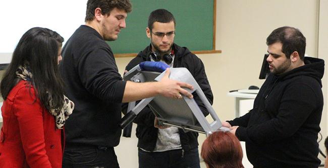 Alunos de Engenharia de Produção desenvolvem projeto com o auxílio do FAE Sênior