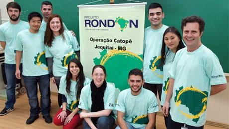Grupo formado por oito alunos e dois professores da FAE viaja no dia 20 para Minas Gerais.
