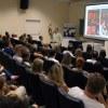 Em um ciclo de palestras, Frei Brian Belanger tirou dúvidas dos acadêmicos sobre os programas de intercâmbio.