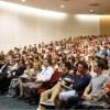 Palestras motivacionais conscientizam calouros sobre comprometimento e responsabilidade para alcançar o sucesso profissional
