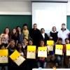 Adolescentes assistidos por programa social receberam certificados pela participação na iniciativa