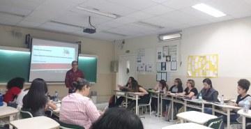 Acadêmicos de Pedagogia debatem a estratégia de ensino