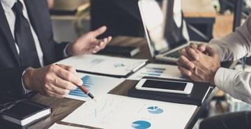 Métodos ágeis, ciclos mais curtos de decisão, horizontalidade e transparência em processos são práticas que precisam ser adotadas no processo de transformação digital das organizações