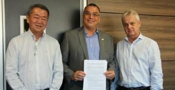 Representantes da FAE e Cimento Itambé se reuniram para formalizar o projeto