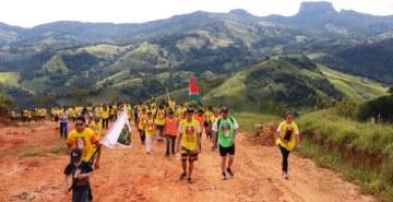 Pastoral Universitária e estudantes da FAE estiveram presentes nesta ação