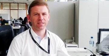 Conheça a curiosa história do russo Pavel Khmelenko, ex-aluno de Negócios Internacionais da FAE