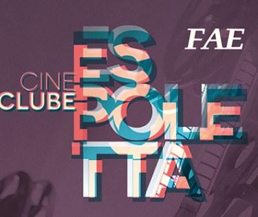Exibição gratuita de filmes do cinema mundial.
